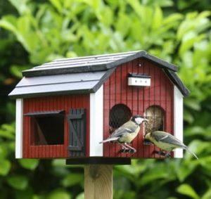 Fuglefoderhuse gør det selv