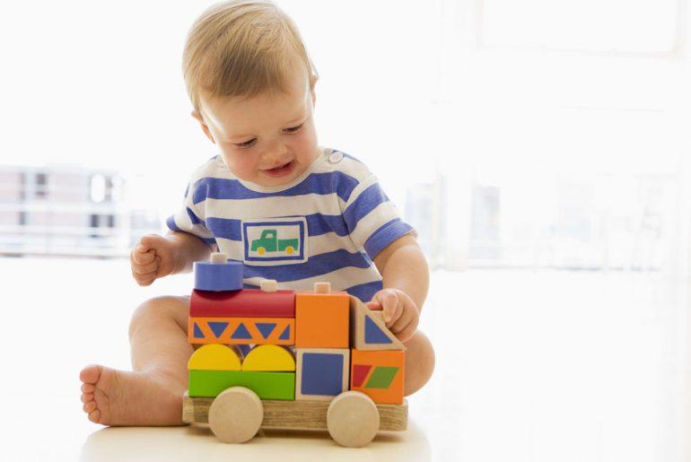 Legetøj til barn på 1 år