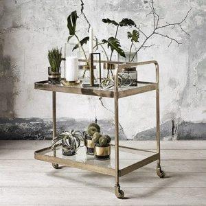 Hypermoderne Rullebord og serveringsvogn - 16 modeller til køkken og stue HE-24