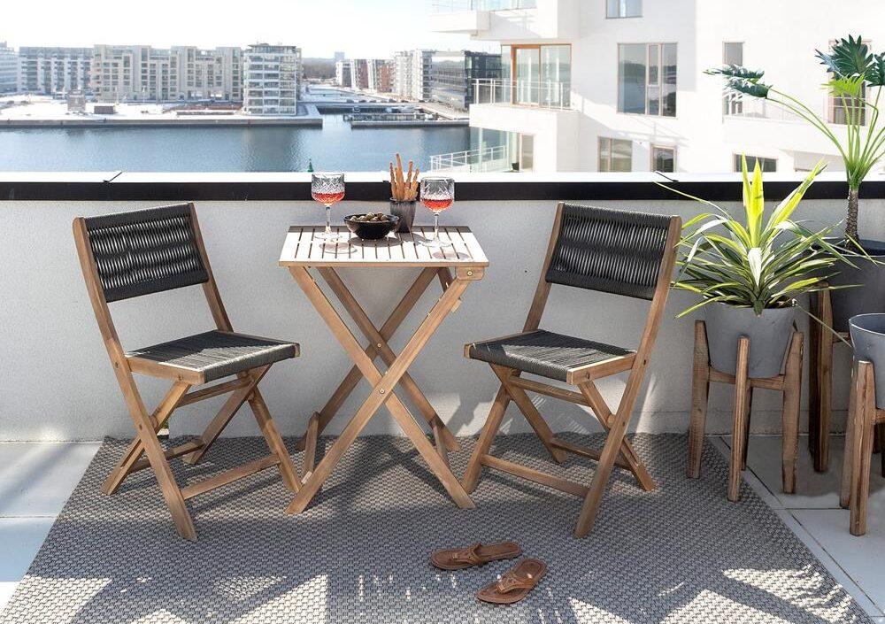 Fantastisk! Fantastisk mad Cafesæt - 17 smukke sæt i træ, jern eller polyrattan til hyggehjørnet SZ31