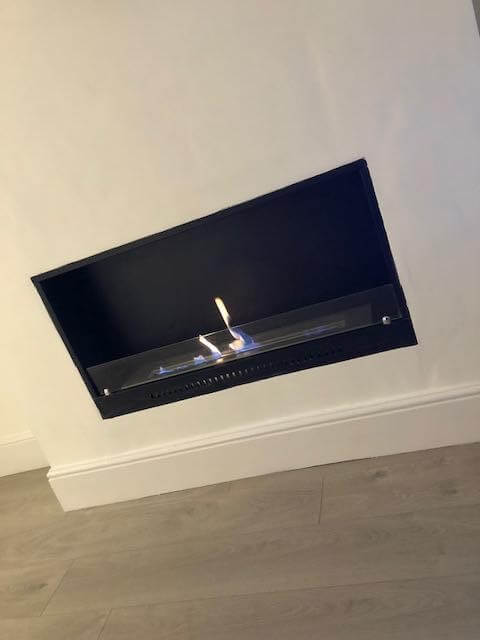 Super stylish bio fireplace with 1 open side