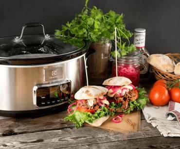 Slow cooker testoversigt – tag din simremad til det næste niveau