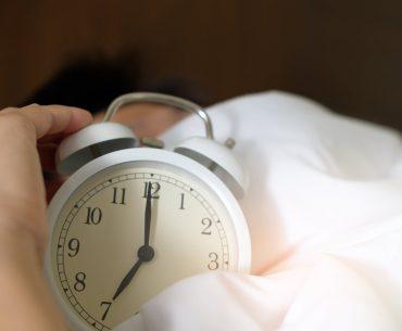 Find et magisk vækkeur med lys til soveværelset