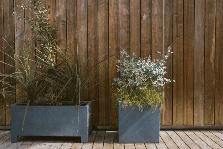 Højbede – find de bedste kasserammer til bede i haven, på terrassen eller altanen