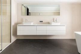 Nyt badeværelse? Find ud af hvad det koster dig af renovere vådrummet derhjemme